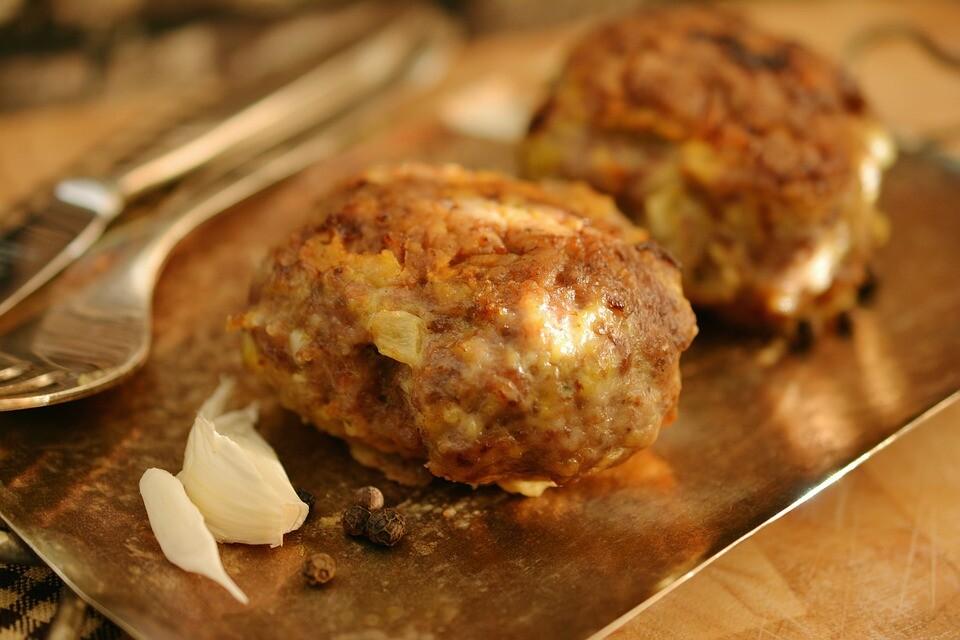 Marios-Italian-Deli-Meatballs