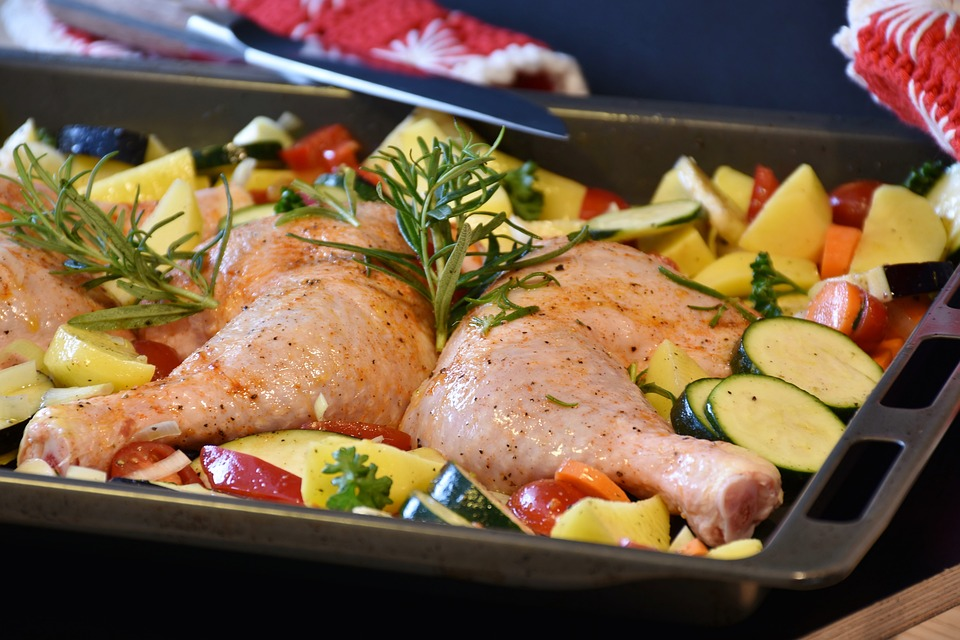 Marios-Italian-Deli-Chicken-Roasted-on-a-Bed-of-Vegetables