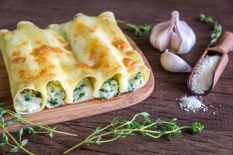 Marios Italian Deli | Spinach and Ricotta Cannelloni