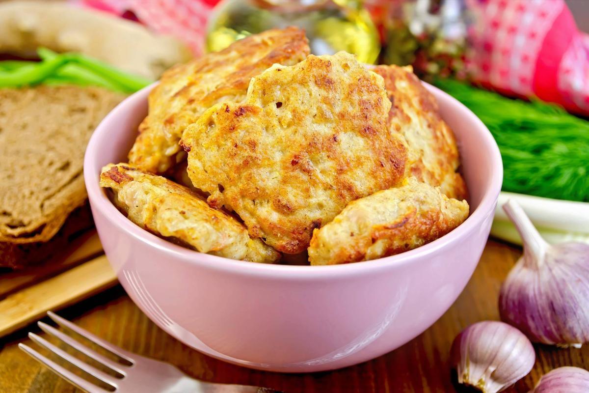 Marios Italian Deli   Mozzarella Chicken Fritters