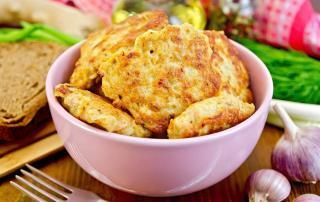 Marios Italian Deli | Mozzarella Chicken Fritters